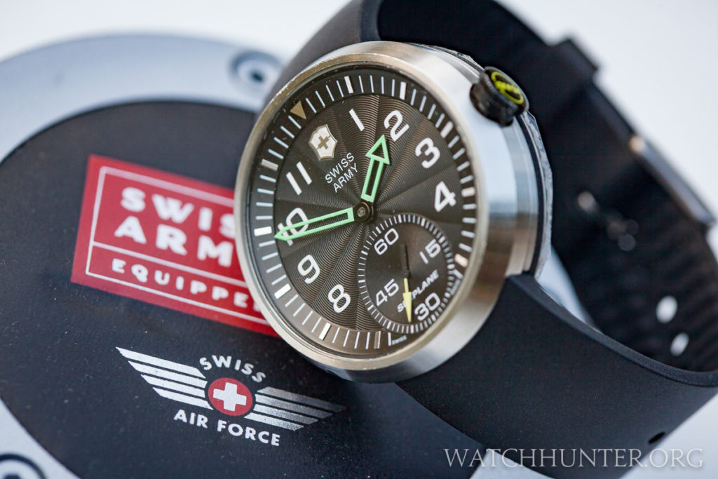 The mechanical Victorinox Swiss Army SeaPlane XL with its round Swiss Airforce display box