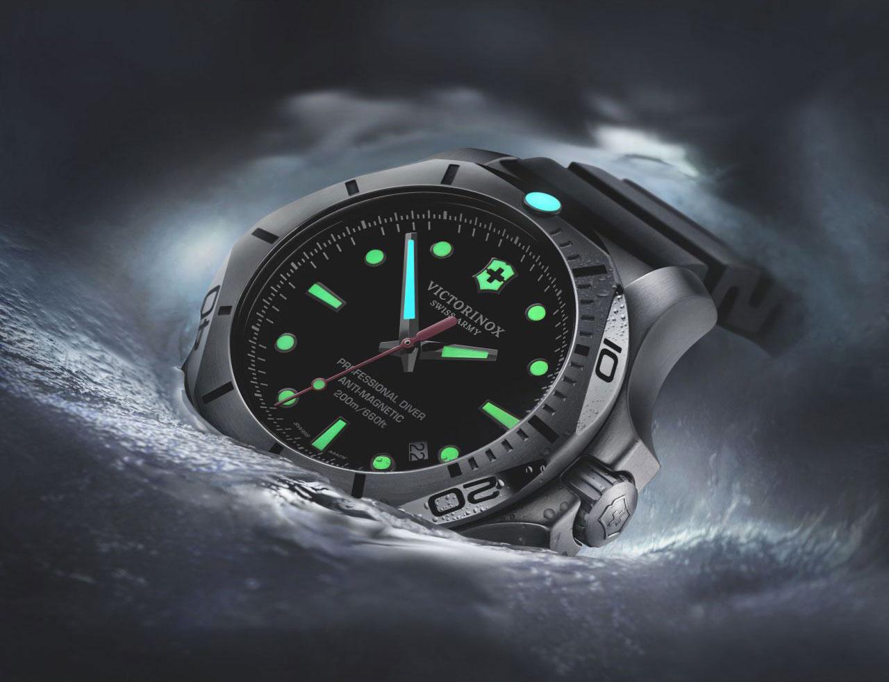 Meet the watch victorinox swiss army i n o x professional dive watch watch hunter watch for Dive watch